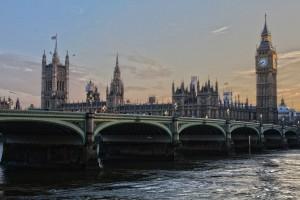 london-pivoting